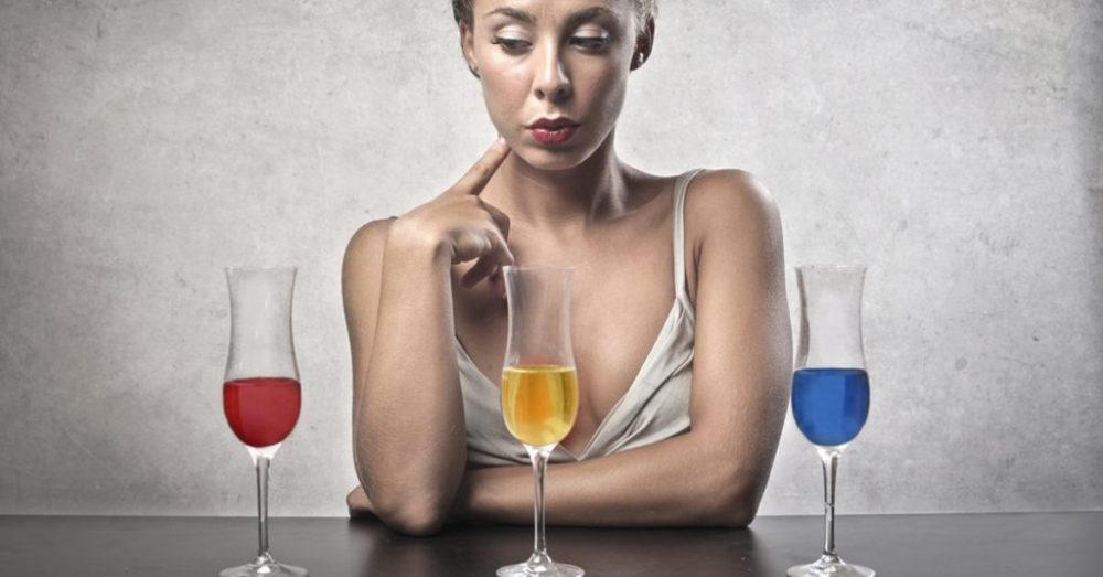 blonde-deciding-which-drink-to-choose-facebook-1024x536